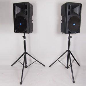 2 actieve speakers 500w   1