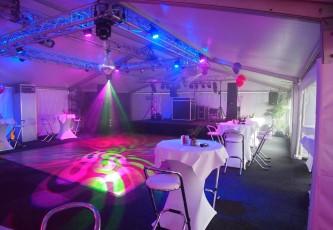 Movinghead, Megadome tent, Partyverhuur Goossens, Bluiloft, Huwelijk, Ronde tent, Crossover tent, Hexadome tent, Partytent, Feesttent, Evenementen