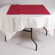 tafel Ø 120 met tafelkleed wit   2