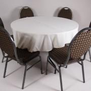 tafel Ø 120 met tafelkleed wit   3