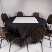 tafel Ø 153 met tafelkleed zwart   2