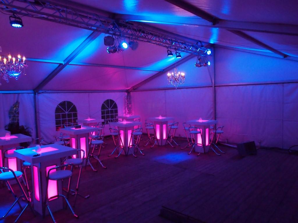 https://www.partyverhuur-goossens.nl/wp-content/uploads/2015/07/Partyverhuur-Goossens-Tent-Feest-Bruilofd-35.jpg