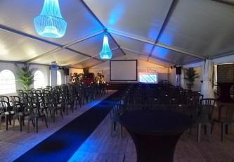 Uitvaart, Megadome tent, Partyverhuur Goossens, Bluiloft, Huwelijk, Ronde tent, Crossover tent, Hexadome tent, Partytent, Feesttent, Evenementen